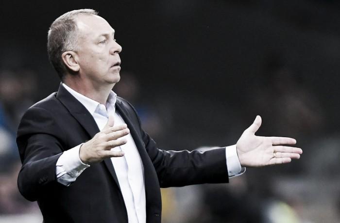 Cruzeiro devolve placar e vence Grêmio nos pênaltis