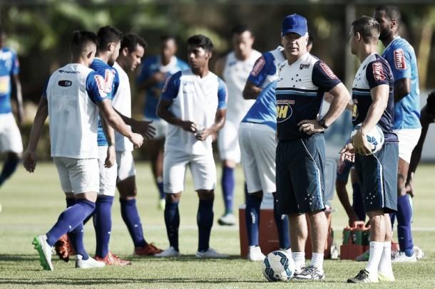 Bruno Rodrigo sofre lesão muscular na coxa direita e desfalca Cruzeiro diante do Joinville