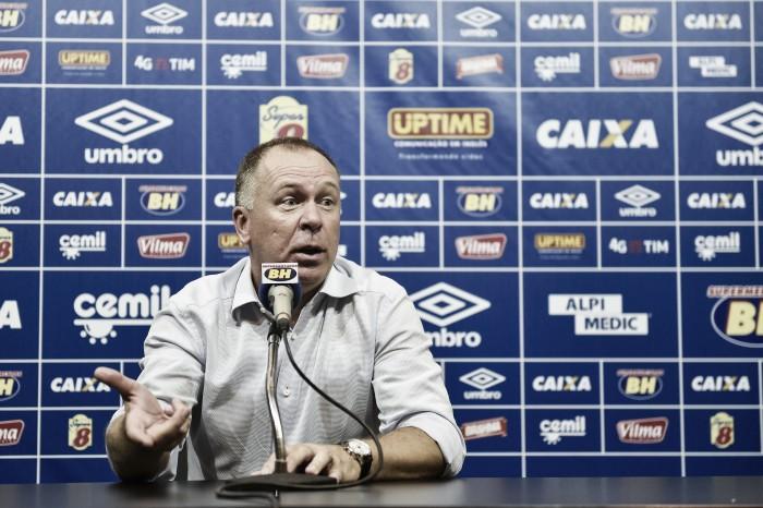 """Mano Menezes afirma que Cruzeiro teve """"grandeza do campeão"""" diante do Corinthians"""