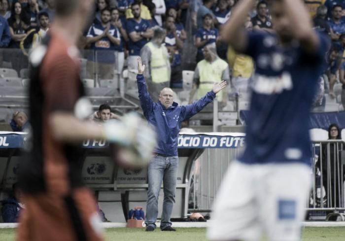 """Em tarde de pintura de Arrascaeta, Mano elogia Cruzeiro e brinca com golaço: """"Poderia ser feinho"""""""