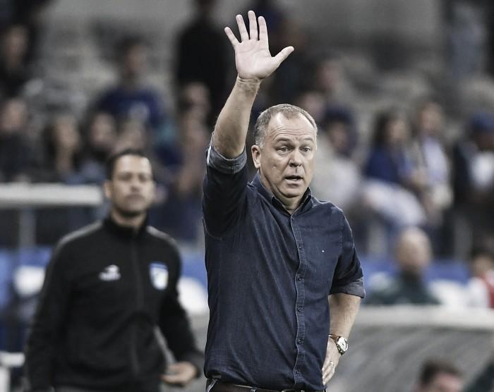 Mano Menezes exalta jogadores e torcida pela classificação do Cruzeiro
