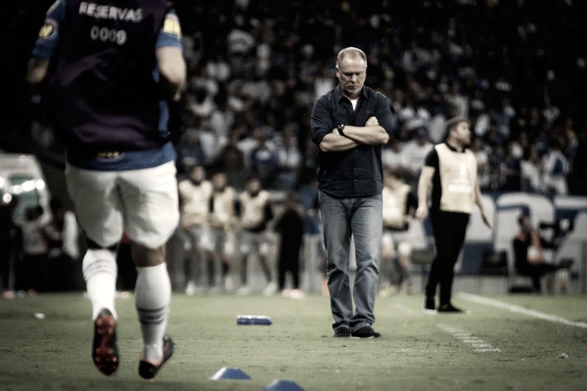 Mano Menezes comenta sobre atuação do Cruzeiro e possíveis saídas de Arrascaeta e Lucas Silva