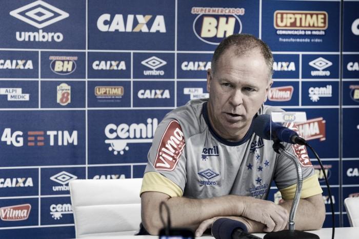 Sem Manoel, Mano relaciona 23 jogadores e faz mistério sobre Cruzeiro que enfrenta o Grêmio