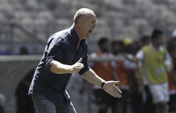 """Mano valoriza vitória no Mineirão e exalta partida sem levar gols: """"Estamos amadurecendo"""""""