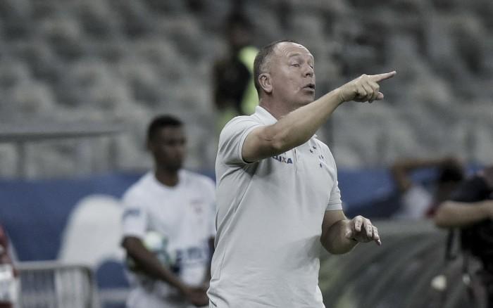"""Mano aprova postura do Cruzeiro em goleada e avalia Thiago Neves em estreia: """"Superou expectativas"""""""