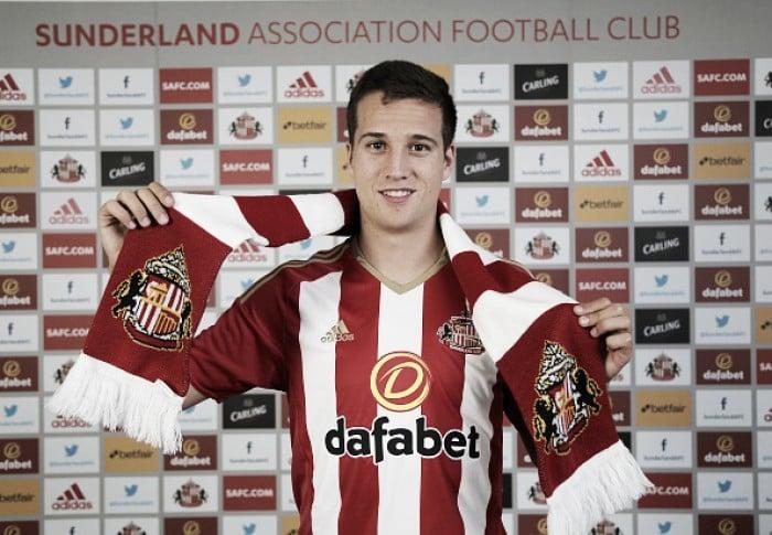 Sunderland sign Javier Manquillo