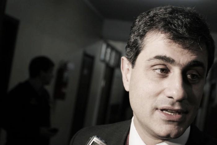 """José Mansur: """"Nos quedan dos finales"""""""
