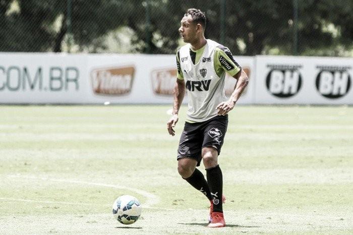 Buscando suprir carências, Sport acerta contratação de lateral-esquerdo Mansur, do Atlético-MG