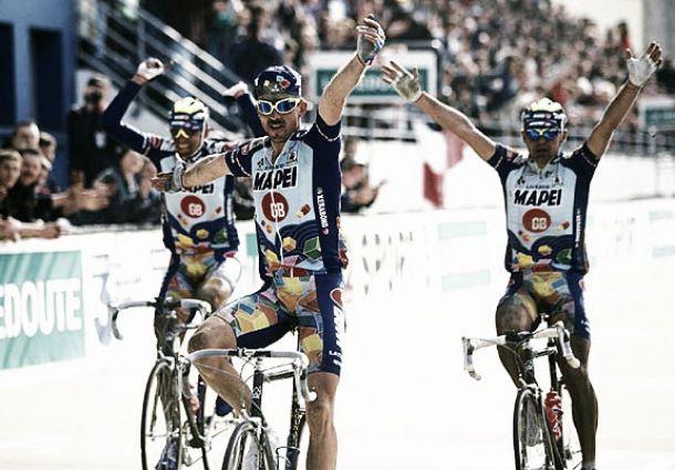 Triplete del Mapei en la Paris-Roubaix