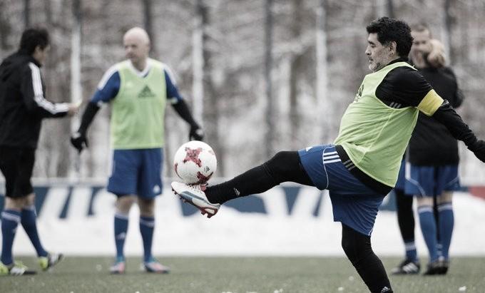 Ídolo do futebol, Diego Maradona morre aos 60 anos