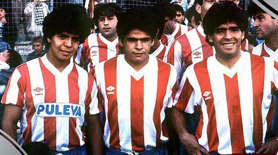 Lalo, Hugo y Diego Maradona en el encuentro del Granada CF ante el Malmö. Foto; Granada CF.