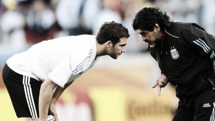 """Maradona: """"Me duele lo de Higuaín, pero no es culpa del jugador"""""""