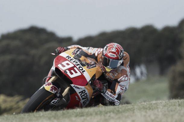 MotoGP, a Phillip Island Marquez fa da padrone e conquista la pole