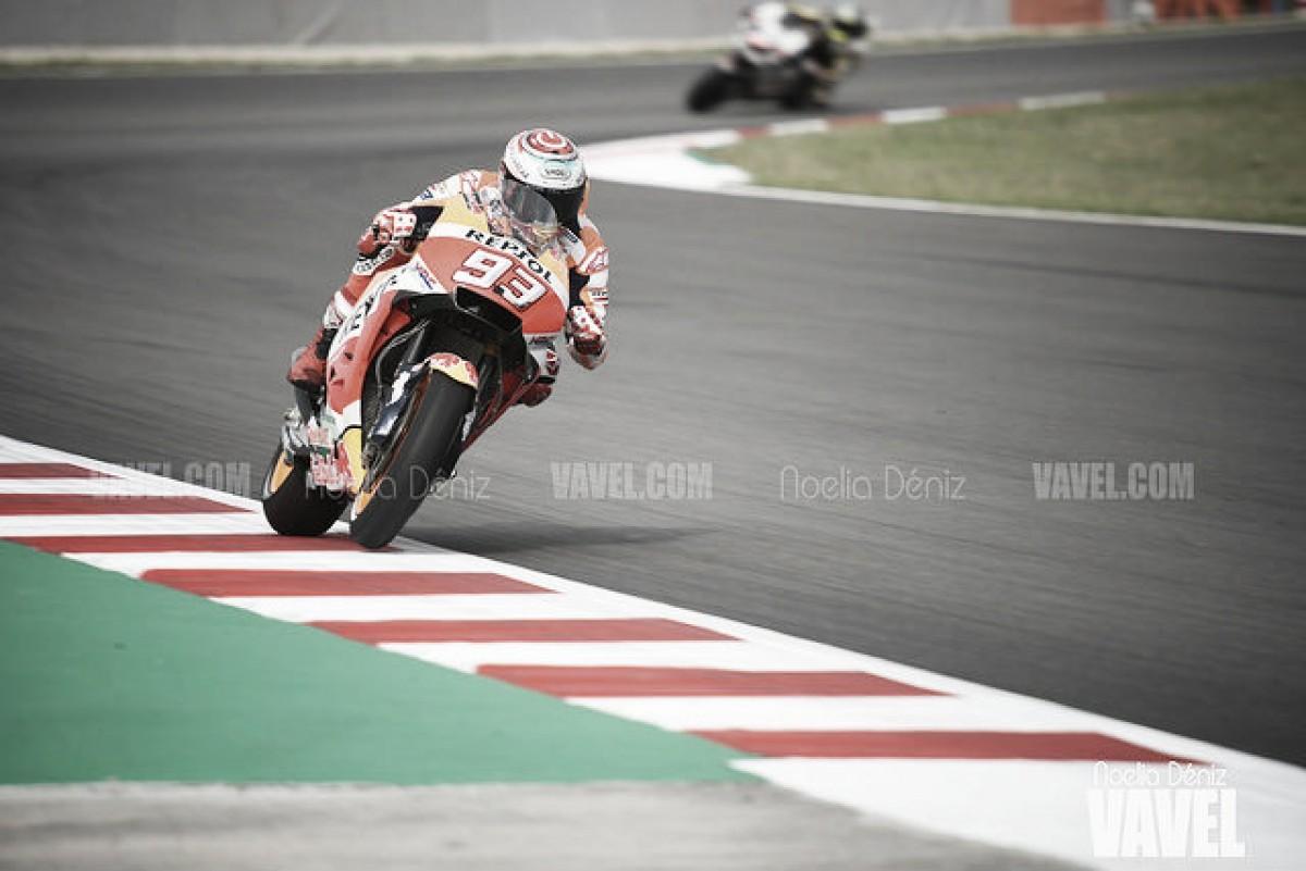 Marc Márquez se impone a las Ducati en Austria