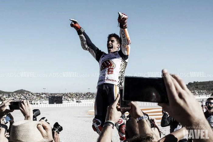 Marc Márquez en el GP de Valencia: los codos de oro