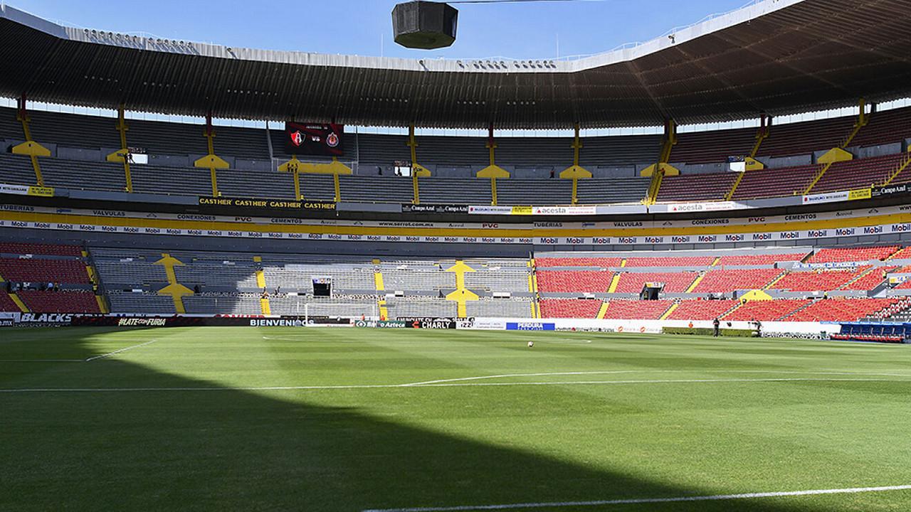Gobierno de Jalisco anuncia reducción de aforo a estadios