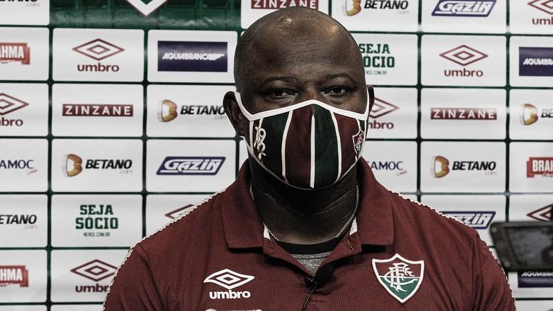 Marcão elogia primeiro tempo do Fluminense e lamenta que modificações não tenham surtido efeito após o gol sofrido