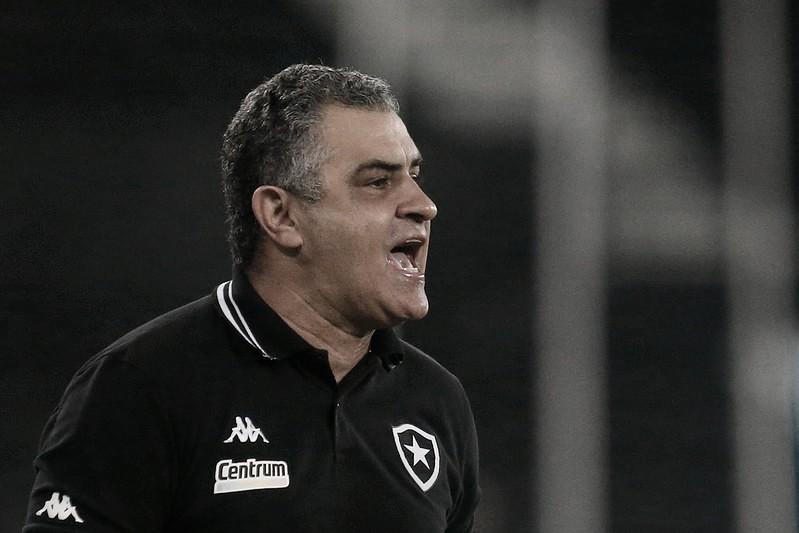 """Apesar de """"objetivo alcançado"""" na Taça Rio, Chamusca quer Botafogo mais consistente"""