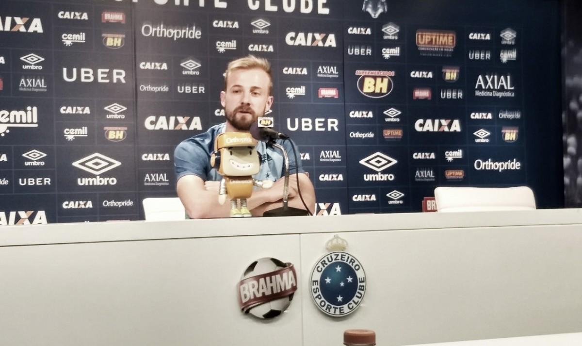 Reserva de Egídio no Cruzeiro, Marcelo Hermes se coloca à disposição para jogo contra o Boa