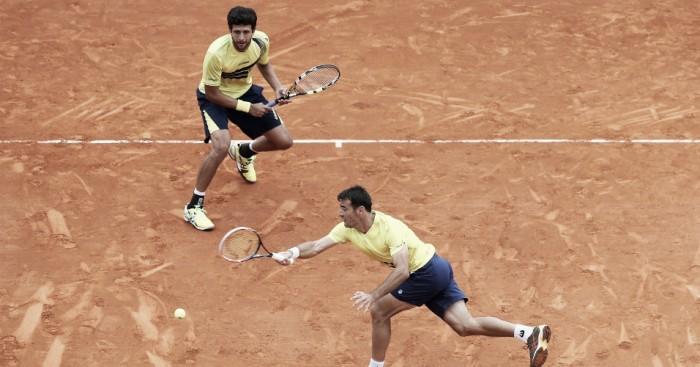 Marcelo Melo cai na semifinal em Madri, mas assume o topo do ranking com derrota de Mahut