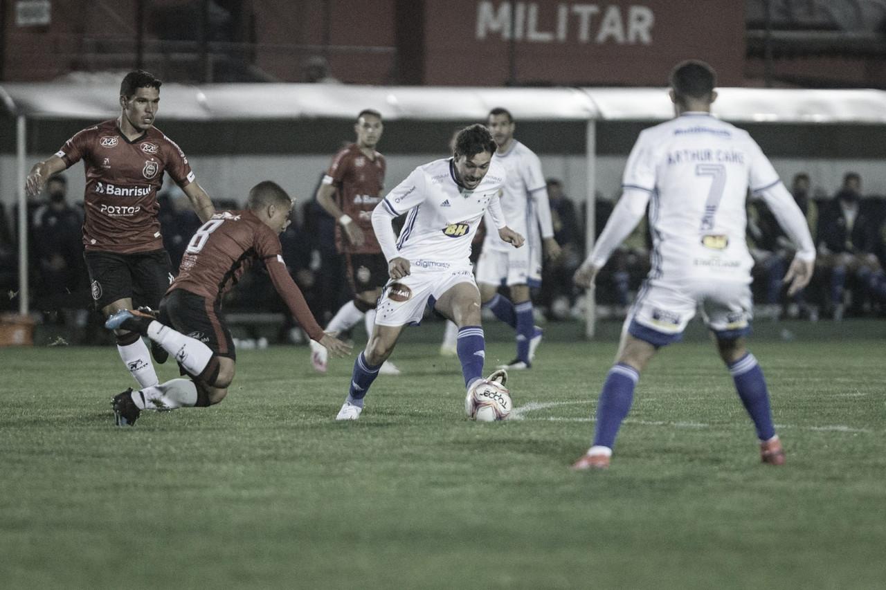 """Marcelo Moreno pede apoio à torcida após nova derrota do Cruzeiro: """"Momento de união"""""""