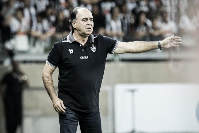 """Marcelo Oliveira lamenta inconsistência do Atlético-MG no segundo tempo: """"Oscilamos"""""""