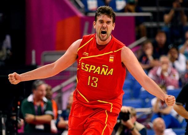 La defensa da a España la victoria ante Francia