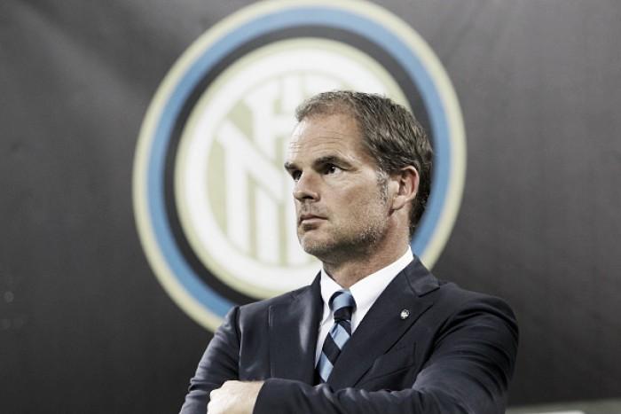 """Após tropeço da Inter na estreia pela UEL, Frank de Boer critica: """"Perdemos a cabeça"""""""