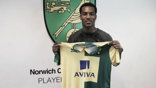 Wisdom jugará cedido en el Norwich