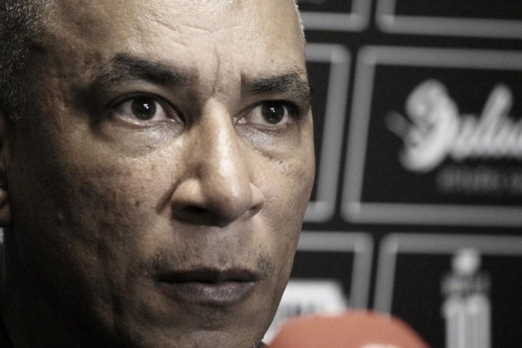 """Hemerson Maria desabafa sobre salários atrasados no Figueira: """"Clube está agonizando por ajuda"""""""
