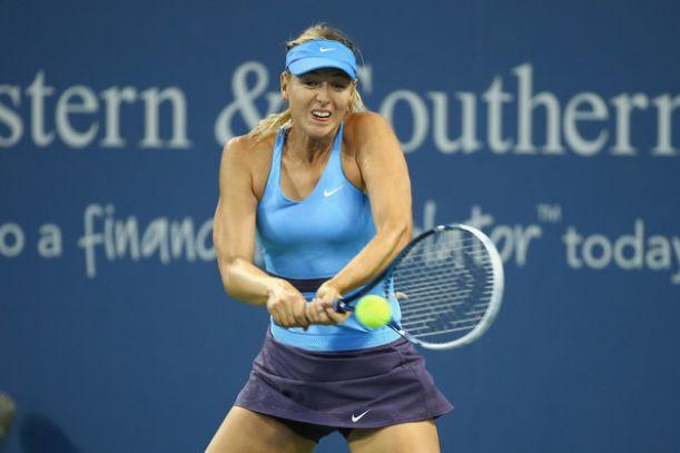 WTA Cincinnati: avanti Sharapova e Williams, sorpresa Wozniacki