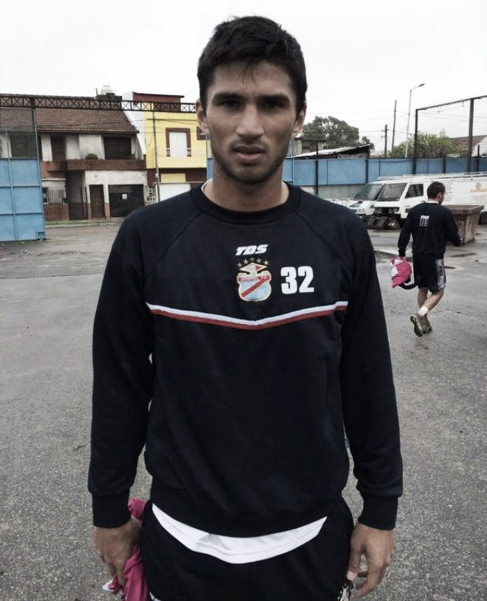 """Leandro Marín: """"De a poco me voy acostumbrando en este gran club"""""""