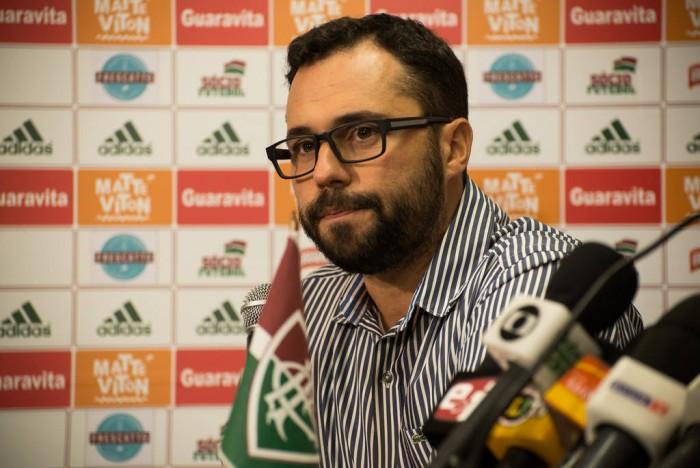 Mário Bittencourt revela projeto para implantar futebol feminino no Fluminense
