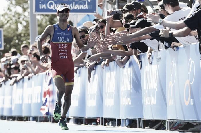 Mario Mola se proclama campeón del mundo en medio de una situación dramática