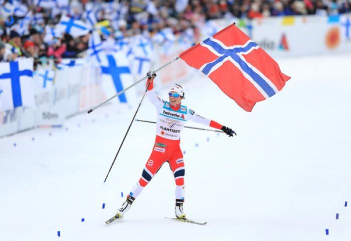 Lahti 2017 - Staffetta femminile: trionfo Norvegia, Svezia argento in volata