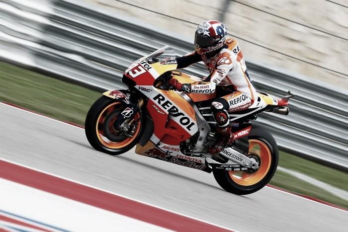 Marquez manages pole despite Lorenzo's attempts