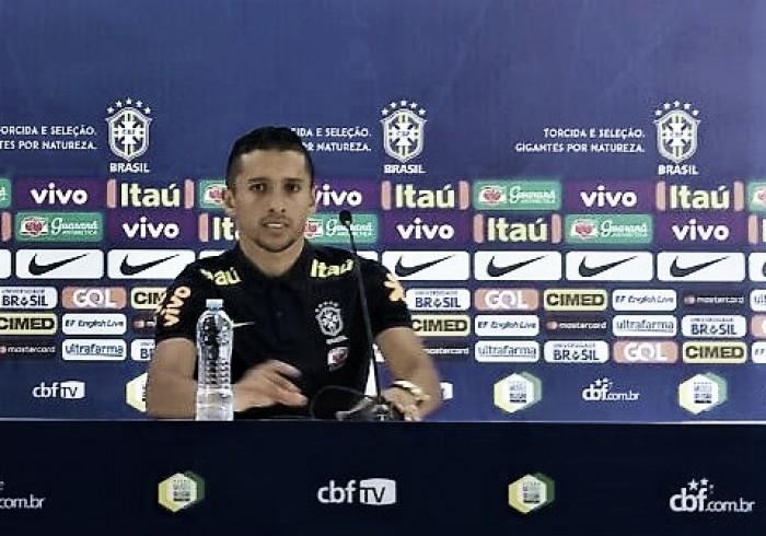 """Titular e capitão contra o Chile, Marquinhos destaca peso de atuar em casa: """"Jogo especial"""""""