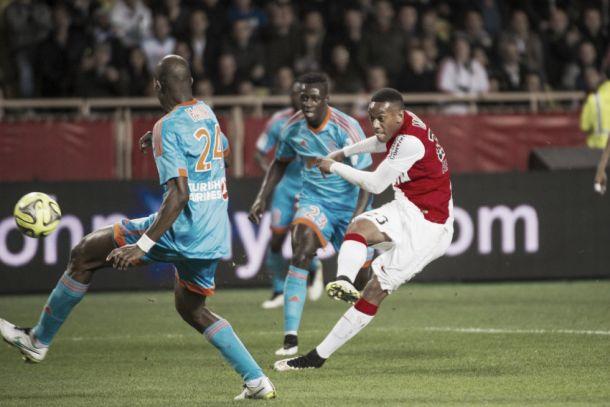 Olympique de Marseille encara Monaco, em disputa direta por vaga na Champions League