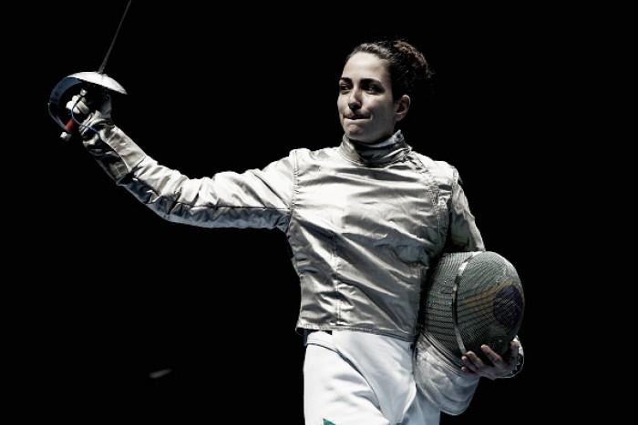 Após sair da pista na Esgrima lesionada, brasileira Marta Baeza declara vontade de ter continuado