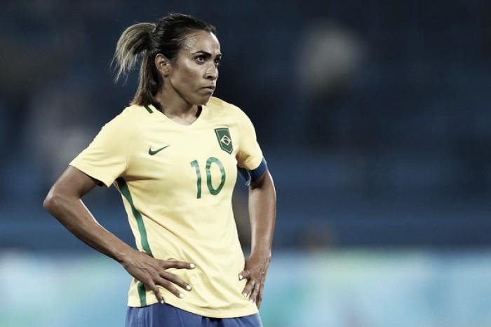 Comparação entre Marta e Neymar é injusta
