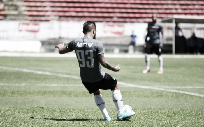 Santa Cruz atropela e vence o Goiás por 3 a 0