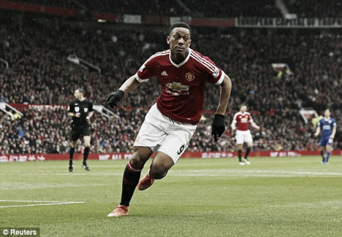 Manchester United 1-1 Leicester City: Martial strike spoils title party