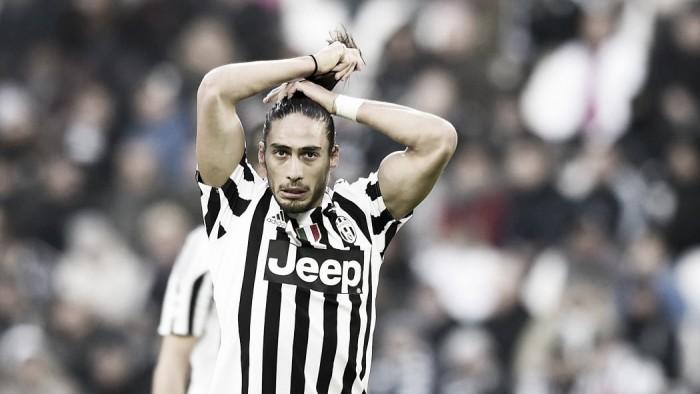 Milan, non arriva il rinforzo in difesa: Caceres ha rifiutato l'offerta dei rossoneri