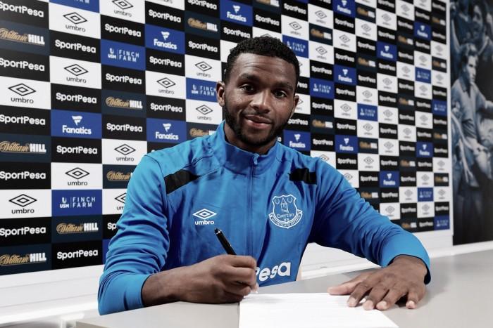 Cuco Martina, otro refuerzo para el Everton de Koeman