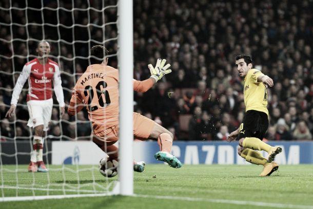 Arsenal goalkeeper, Emiliano Martinez, set for loan move to Wolves