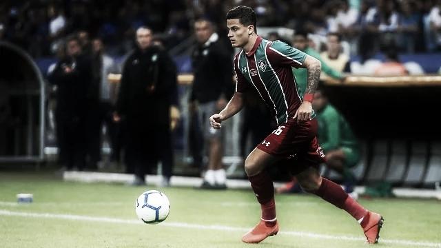 Mascarenhas torce joelho esquerdo em treino do Fluminense e passará por artroscopia