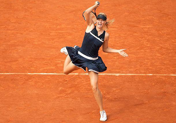 Roland Garros Donne: avanti Sharapova e Ivanovic, grande Pennetta
