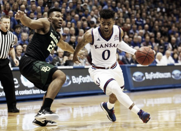 #3 Kansas Jayhawks hang on late to defeat #2 Baylor Bears in thrilling Big 12 meeting