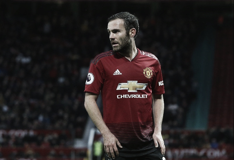 Manchester United anuncia renovação de Juan Mata até 2021