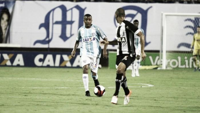 Avaí empata sem gols com Figueirense e fica a uma vitória de vencer primeiro turno